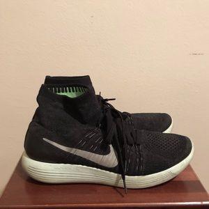 Nike Lunar Eclipse Sneakers